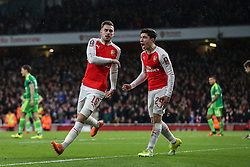 Goal, Aaron Ramsey of Arsenal scores, Hector Bellerin of Arsenal celebrates, Arsenal 2-1 Sunderland - Mandatory byline: Jason Brown/JMP - 07966386802 - 09/01/2016 - FOOTBALL - Emirates Stadium - London, England - Arsenal v Sunderland - The Emirates FA Cup