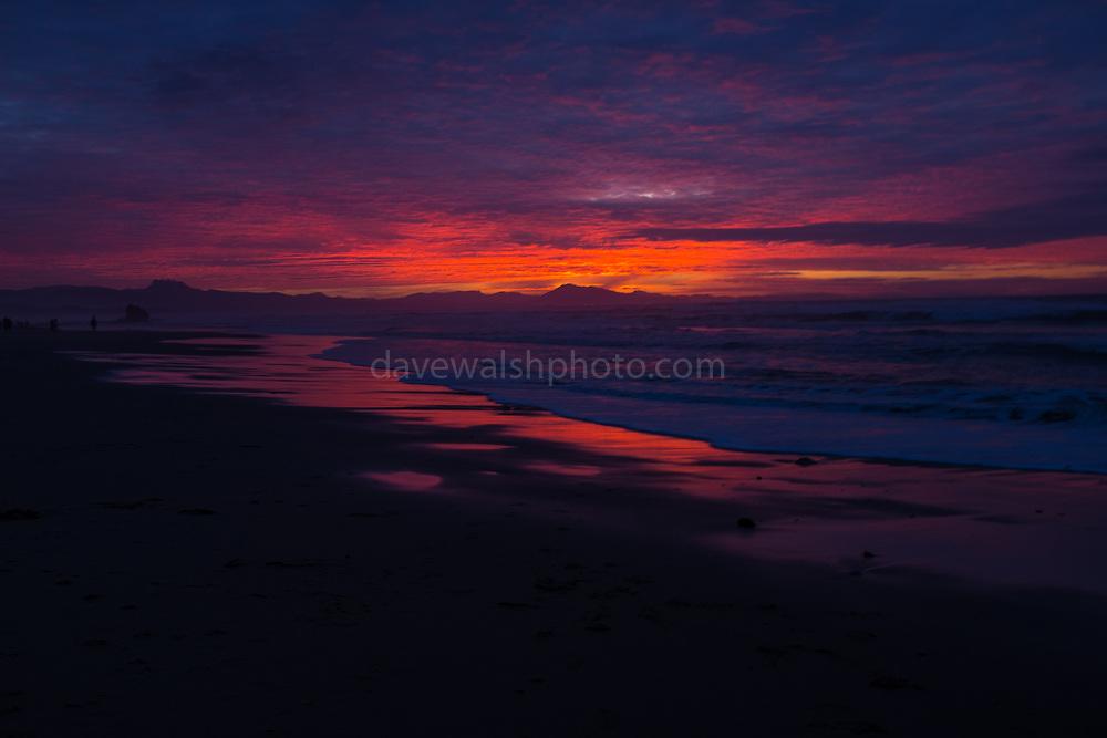 Plage d'Ilbarritz<br /> Plage d'Ilbarritz<br /> Plage d'Ilbarritz at sunset. Winter in Biarritz, with a wild Atlantic Ocean.
