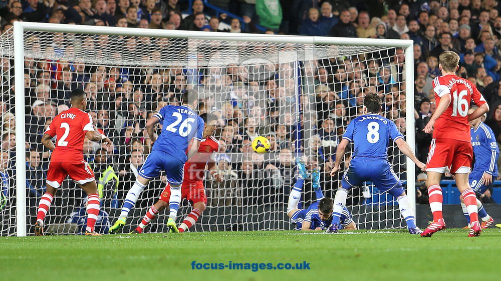 Picture by Richard Calver/Focus Images Ltd +447792 981244<br /> 01/12/2013<br /> Gary Cahill of Chelsea scores the equalising goal against Southampton during the Barclays Premier League match at Stamford Bridge, London.