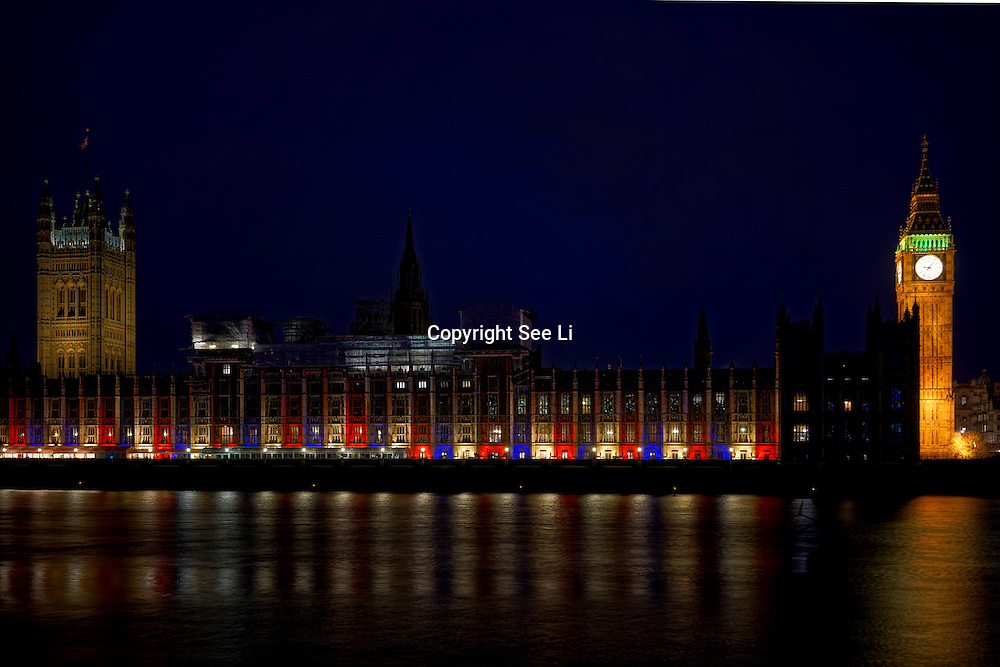 London,England,UK : 21 April 2016 : Parliament lightup for the President of Unite State Obama visit London on 22th April 2016 in UK. Photo by See Li
