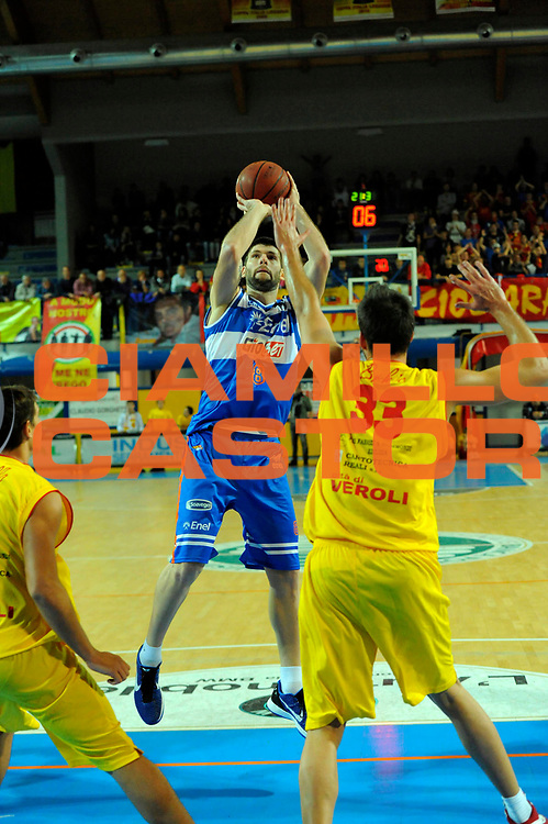 DESCRIZIONE : Frosinone Lega Basket A2 2011-12  Prima Veroli Enel Brindisi<br /> GIOCATORE : <br /> CATEGORIA : <br /> SQUADRA : <br /> EVENTO : Campionato Lega A2 2011-2012<br /> GARA : Prima Veroli Enel Brindisi<br /> DATA : 21/10/2011<br /> SPORT : Pallacanestro <br /> AUTORE : Agenzia Ciamillo-Castoria/ A.Ciucci<br /> Galleria : Lega Basket A2 2011-2012 <br /> Fotonotizia : Frosinone Lega Basket A2 2011-12 Prima Veroli Enel Brindisi<br /> Predefinita :