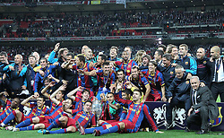 28.05.2011, Wembley Stadium, London, ENG, UEFA CHAMPIONSLEAGUE FINALE 2011, FC Barcelona (ESP) vs Manchester United (ENG), im Bild Barcelona with the trophy for winning the 2011UEFA  Champions League final between Manchester United from England and FC Barcelona from Spain, played at Wembley Stadium London, EXPA Pictures © 2011, PhotoCredit: EXPA/ M. Gunn