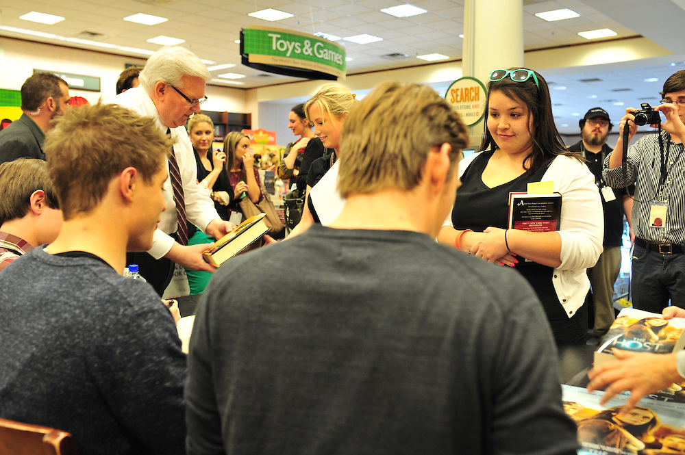 ACTION at the Barnes & Noble on Northwest Highway in Dallas on Tuesday, March 12, 2013. (Cooper Neill/The Dallas Morning News)