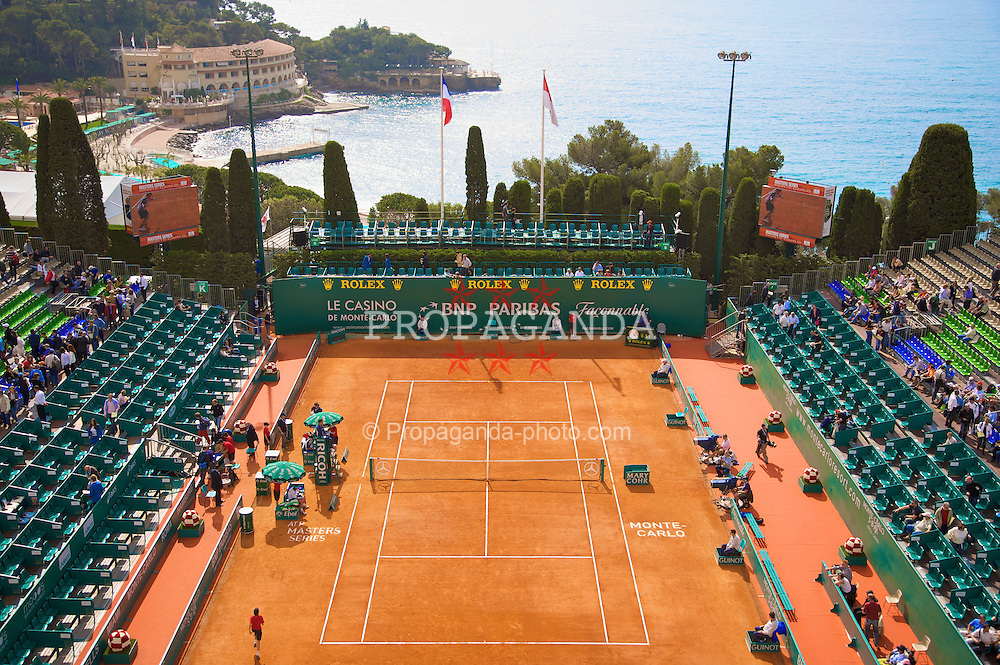 MONTE-CARLO, MONACO - Thursday, April 24, 2008: A gerneral view of the centre court during the third round of the Masters Series Monte-Carlo at the Monte-Carlo Country Club. (Photo by David Rawcliffe/Propaganda)