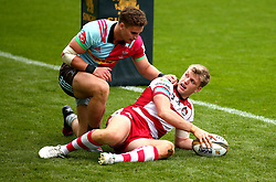 Ollie Thorley of Gloucester Rugby scores a try - Mandatory by-line: Robbie Stephenson/JMP - 29/07/2017 - RUGBY - Franklin's Gardens - Northampton, England - Gloucester Rugby v Harlequins - Singha Premiership Rugby 7s