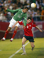 SAN FRANCISCO, CAL   25-01-2006<br /> <br /> <br /> <br /> Mario Mendez (#16 Mexico), Moen Petter Vaagan (#9 Norway) during friendly match between Mexico and Norway at Monster Park stadium in San Francisco, California, on January, 25, 2006<br /> <br /> <br /> <br /> <br /> <br /> <br /> <br /> FOTO ©ALEJANDRO MELENDEZ  Clasos/Graffiti