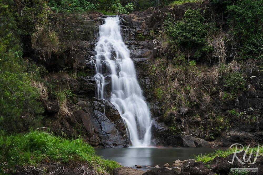 Waimea Falls at Waimea Valley, Hale'iwa, O'ahu, Hawaii