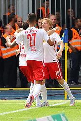 15.08.2015, Eintracht Stadion, Braunschweig, GER, 2. FBL, Eintracht Braunscheig vs RB Leipzig, 3. Runde, im Bild Freude bei Emil Forsberg (#10, RB Leipzig) & Co. ueber das 2:0, Eintracht Braunschweig vs. RB Leipzig, Fussball, 2. Bundesliga, 15.08.2015, Foto: Eibner/Hundt // during the 2nd German Bundesliga 3rd round match between Eintracht Braunscheig and RB Leipzig at the Eintracht Stadion in Braunschweig, Germany on 2015/08/15. EXPA Pictures © 2015, PhotoCredit: EXPA/ Eibner-Pressefoto/ Hundt<br /> <br /> *****ATTENTION - OUT of GER*****