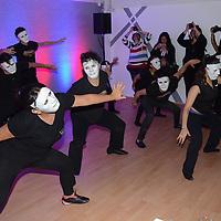 Metepec, México.- Alumnos de actuación, durante la inauguración de la escuela de actuación PROART . Agencia MVT / Arturo Hernández.