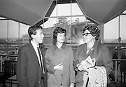 18/07/1967<br /> 07/18/1967<br /> 18 July 1967<br /> Group of Italian Students at Dublin Airport. Twenty students arrived , amongst them Miss B. Shagnalli, daughter of the Italian Minister for Posts & Telegraphs. They were to spend a month in St MacNissi's College, Garron Tower, Co. Antrim to learn English. The trip was organised by World Travel Service Ltd., Dublin. Image shows Mr. J.A. Andrews of World Travel Service Ltd.; Miss B. Spagnolli and Mrs Ronchetti who accompanied the group. Gruppo di venti studenti italiani all'aeroporto. Tra loro la figlia del Ministro delle Poste e dei telegrafi B. Sciagnalli.