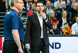 17.04.2019, Olympiahalle Innsbruck, Innsbruck, AUT, VBL, Deutsche Volleyball Bundesliga, HYPO Tirol Alpenvolleys Haching vs Berlin Recycling Volleys, Halbfinale, 3. Spiel, im Bild Trainer Cederic Enard (Berlin) // during the German Volleyball Bundesliga (VBL) 3rd semifinal match between HYPO Tirol Alpenvolleys Haching and Berlin Recycling Volleys at the Olympiahalle Innsbruck in Innsbruck, Austria on 2019/04/17. EXPA Pictures © 2019, PhotoCredit: EXPA/ JFK