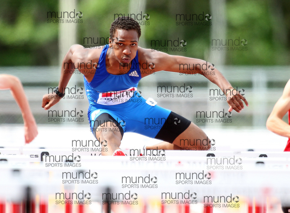 (Moncton,  New Brunswick) --- .Ingvar Moseley110H-001_0710CA.jpg at the 2010 Canadian Junior Track and Field championships in Moncton, New Brunswick July 04 ,  2010)... Photograph copyright Claus Andersen / Mundo Sport Images, 2010.