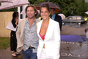 Mat Collishaw and Tracey Emin. The Serpentine Summer party co-hosted by Jimmy Choo. The Serpentine Gallery. 30 June 2005. ONE TIME USE ONLY - DO NOT ARCHIVE  © Copyright Photograph by Dafydd Jones 66 Stockwell Park Rd. London SW9 0DA Tel 020 7733 0108 www.dafjones.com