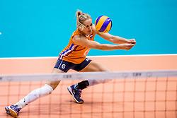 26-08-2017 NED: World Qualifications Bulgaria - Netherlands, Rotterdam<br /> De Nederlandse volleybalsters hebben in Rotterdam het kwalificatietoernooi voor het WK van volgend jaar in Japan ongeslagen afgesloten. Oranje was in z'n laatste wedstrijd met 3-0 te sterk voor Bulgarije: 25-21, 25-17, 25-23. / Maret Balkestein-Grothues #6 of Netherlands