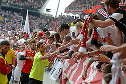 Football: Germany, 1. Bundesliga, VFB STUTTGART - HAMBURGER SV (HSV), Stuttgart - 16.05.2015,<br /> Sven Ulreich (Stuttgart) celebrates with fans<br /> <br /> &copy; pixathlon<br /> <br /> +++ NED out !!! +++