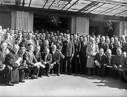 17/04/1960<br /> 04/17/1960<br /> 17 April 1960<br /> G.A.A. Annual Congress in Dublin. The Annual Congress of the G.A.A. was held at the Gresham Hotel, Dublin. Picture shows some of the delegates outside the hotel.