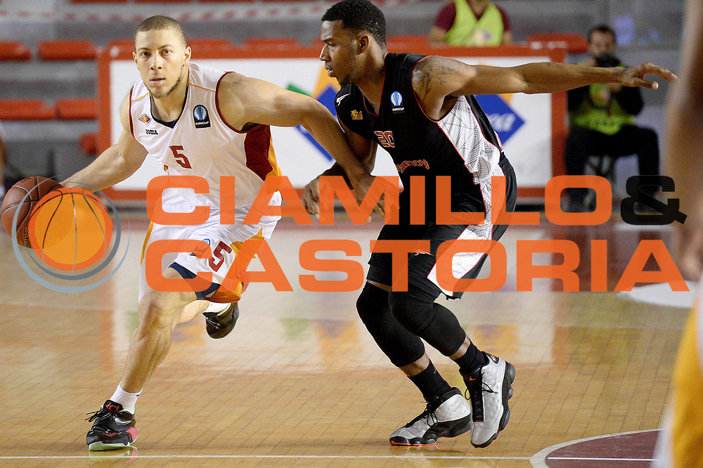 DESCRIZIONE : Eurolega Euroleague 2014/15 Acea Virtus Roma Vs Sluc Nancy<br /> GIOCATORE : brandon triche<br /> CATEGORIA : palleggio<br /> SQUADRA : Acea Virtus Roma Vs Sluc Nancy<br /> EVENTO : Eurolega Euroleague 2014/2015<br /> GARA : Acea Virtus Roma Vs Sluc Nancy<br /> DATA : 22/10/2014<br /> SPORT : Pallacanestro <br /> AUTORE : Agenzia Ciamillo-Castoria / M.Greco<br /> Galleria : Eurolega Euroleague 2014/2015<br /> Fotonotizia : Eurolega Euroleague 2014/15 Acea Virtus Roma Vs Sluc Nancy<br /> Predefinita :