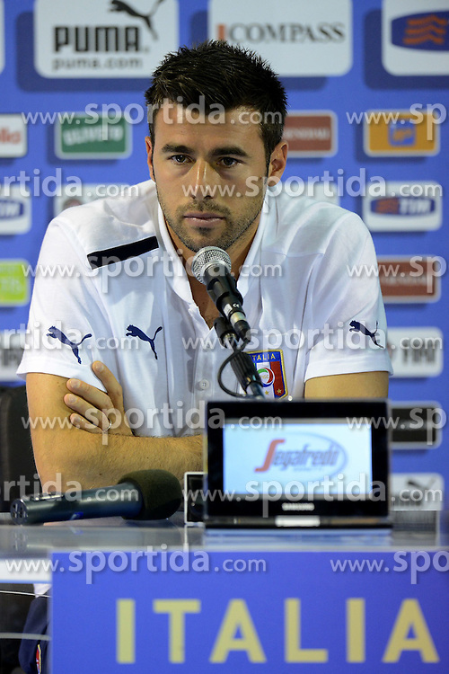 16.06.2012, Centro Culturale La Runda, Cracovia, POL, UEFA Euro 2012, Pressekonferenz Italien, im Bild Andrea BARZAGLI // during the UEFA EURO 2012 Pressconference of the Nationalteam of Italy at the Centro Culturale La Runda, Cracovia, Poland on 2012/06/16,. EXPA Pictures © 2012, PhotoCredit: EXPA/ Insidefoto/ Alessandro Sabattini..***** ATTENTION - for AUT, SLO, CRO, SRB, SUI and SWE only *****