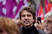 Jesse Klaver van Groenlinks staat tussen de demonstranten. In Amsterdam wordt door de vakbond CNV samen met het FNV onder de noemer #naardedam een grote manifestatie gehouden voor een sociaal Nederland en tegen het beleid van de regering waarbij veel geld naar grote bedrijven en de aandeelhouders gaat in plaats van naar de bevolking. Er deden naar schatting tussen de vijf- en achtduizend demonstranten mee met de actie.<br /> <br /> In Amsterdam trade unions CNV and FNV held a big demonstration against the Dutch government. According to the unions too much money is going to big companies and their shareholders instead of to a social country.