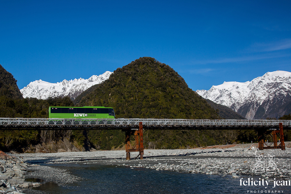 kiwi experience bus photos north and south island new zealand queenstown remarkable and franz josef west coast by coromandel photographer felicity jean photography fleaphotos