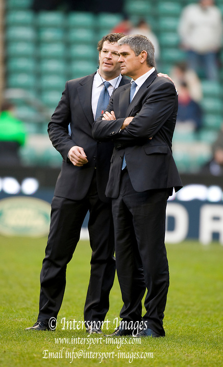 Twickenham. Great Britain, left, Manager Carlo CHECCHINATO and  Italian Coach, Nick MALLETT, before the Six Nations Rugby, England vs Italy,  Match played at the RFU Stadium, Sat 07.02.2009   [Mandatory Credit. Peter Spurrier/Intersport Images]