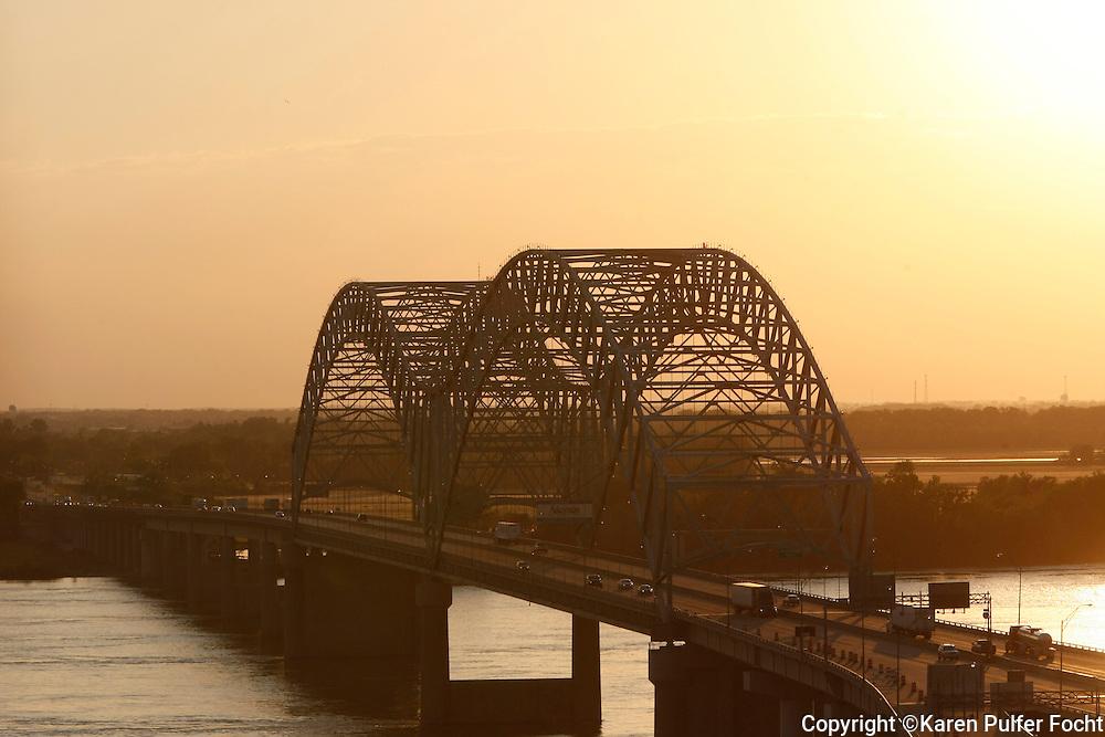 Mississippi River, Memphis Bridge