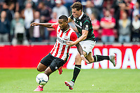 EINDHOVEN - PSV - FC Groningen , Voetbal , Seizoen 2015/2016 , Eredivisie , Philips stadion , 16-08-2015 , PSV speler Luciano Narsingh (l) in duel met Groningen speler Hans Hateboer (r)