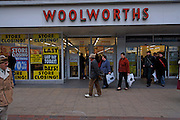 IPSWICH, ENGLAND, 27th December 2008. Final closure and stock clearance of Woolworths store.