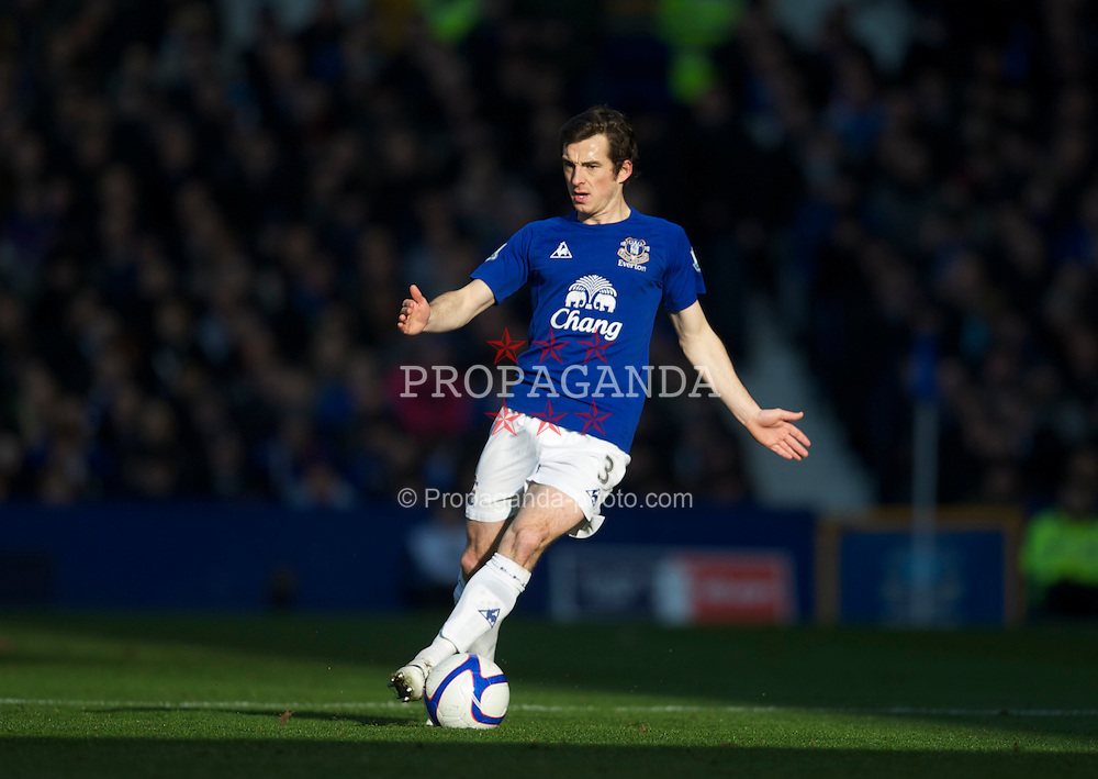 LIVERPOOL, ENGLAND - Saturday, January 29, 2011: Everton's Leighton Baines in action against Chelsea during the FA Cup 4th Round match at Goodison Park. (Photo by David Rawcliffe/Propaganda)