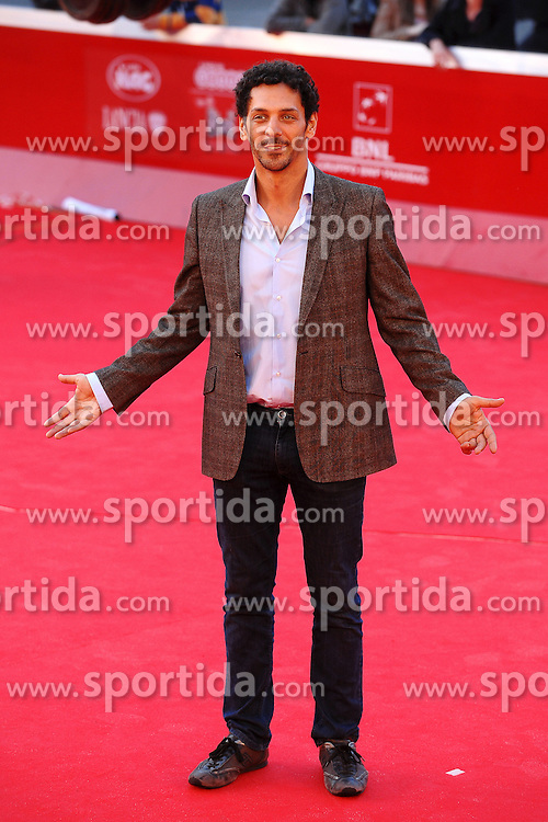 28.10.2011, Auditorium Parco Della Musica, Rom, ITA, Interationales Filfestival Rom 2011, im Bild Tomer SISLEY mit dem Film, Nuit Blanche // Tomer SISLEY during Photocall for the Film 'Nuit Blanche' at International Rome Film Festival at Auditorium Parco Della Musica, Rome, Italy on 28/10/2011. EXPA Pictures © 2011, PhotoCredit: EXPA/ InsideFoto/ Andrea Staccioli +++++ ATTENTION - FOR AUSTRIA/(AUT), SLOVENIA/(SLO), SERBIA/(SRB), CROATIA/(CRO), SWISS/(SUI) and SWEDEN/(SWE) CLIENT ONLY +++++