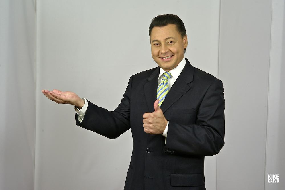 Anchor Jose Escobar, from Panama Reporta , Panamanian TV SHow