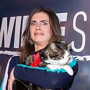NLD/Amsterdam/20180226 - Premiere De wilde stad, Maan de Steenwinkel met de kat Abatutu