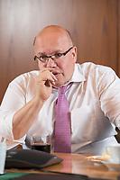 16 MAY 2018, BERLIN/GERMANY:<br /> Peter Altmaier, CDU, Bundeswirtschaftsminister, wahrend einem Interview, Bundesministerium fuer Wirtschaft und Energie<br /> IMAGE: 20180516-02-007