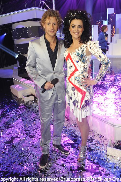 Uitslag van het Junior Eurovisie Songfestival 2012 in de Heineken Music Hall.<br /> <br /> op de foto:   Presentatoren Ewout Genemans en Kim-Lian van der Meij
