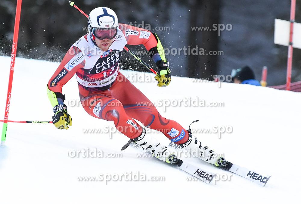 17.12.2017, Grand Risa, La Villa, ITA, FIS Weltcup Ski Alpin, Alta Badia, Riesenslalom, Herren, 1. Lauf, im Bild Aleksander Aamodt Kilde (NOR) // Aleksander Aamodt Kilde of Norway in action during his 1st run of men's Giant Slalom of FIS ski alpine world cup at the Grand Risa in La Villa, Italy on 2017/12/17. EXPA Pictures © 2017, PhotoCredit: EXPA/ Erich Spiess