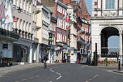 © Licensed to London News Pictures. 10/04/2020. Windsor, UK. The streets around Windsor and Windsor Castle, normally a tourist hotspot, deserted of people on Good Friday, during a pandemic outbreak of the Coronavirus COVID-19 disease. The public have been told they can only leave their homes when absolutely essential, in an attempt to fight the spread of coronavirus COVID-19 disease. Photo credit: Ben Cawthra/LNP