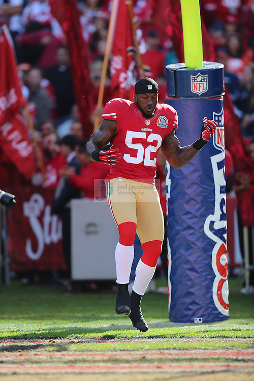 San Francisco 49ers inside linebacker Patrick Willis (52) enters the filed against the Miami Dolphins during an NFL game at Candlestick Park on December 9, 2012 in San Francisco, CA.  (Photo by Jed Jacobsohn)