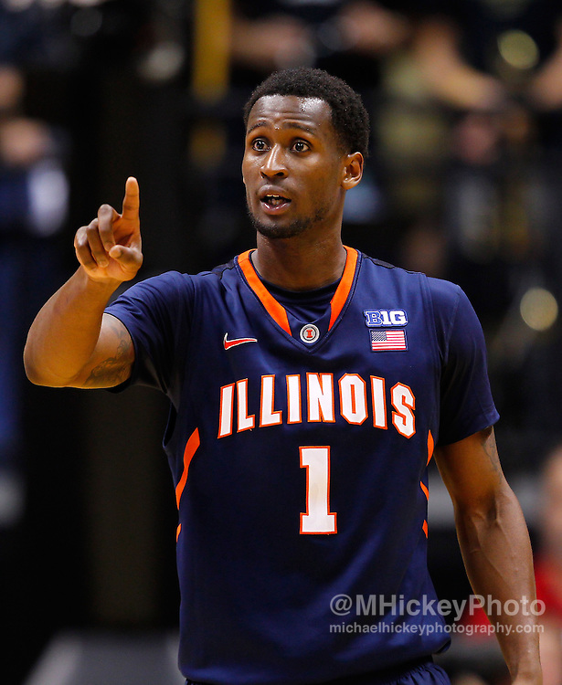 WEST LAFAYETTE, IN - JANUARY 02: D.J. Richardson #1 of the Illinois Fighting Illini seen during the game against the Purdue Boilermakers at Mackey Arena on January 2, 2013 in West Lafayette, Indiana. Purdue defeated Illinois 68-61. (Photo by Michael Hickey/Getty Images) *** Local Caption *** D.J. Richardson