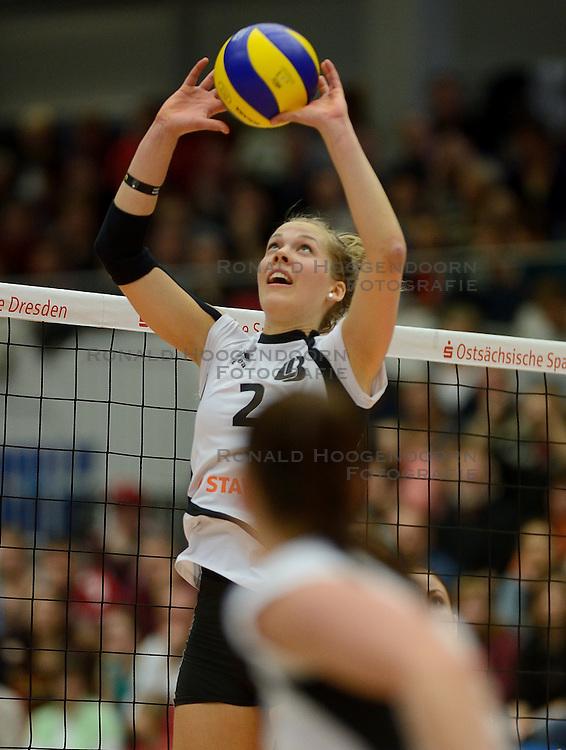 18-01-2014 Ger:  Dresdner SC - Ladies in black Aachen, Dresden<br /> <br /> Dresden verslaat Aachen vrij eenvoudig met 3-0 / Femke Stoltenborg
