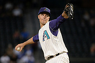 PHOENIX, AZ - AUGUST 31:  Zack Greinke #21 of the Arizona Diamondbacks delivers a pitch in the MLB game against the Los Angeles Dodgers at Chase Field on August 31, 2017 in Phoenix, Arizona.  (Photo by Jennifer Stewart/Getty Images)