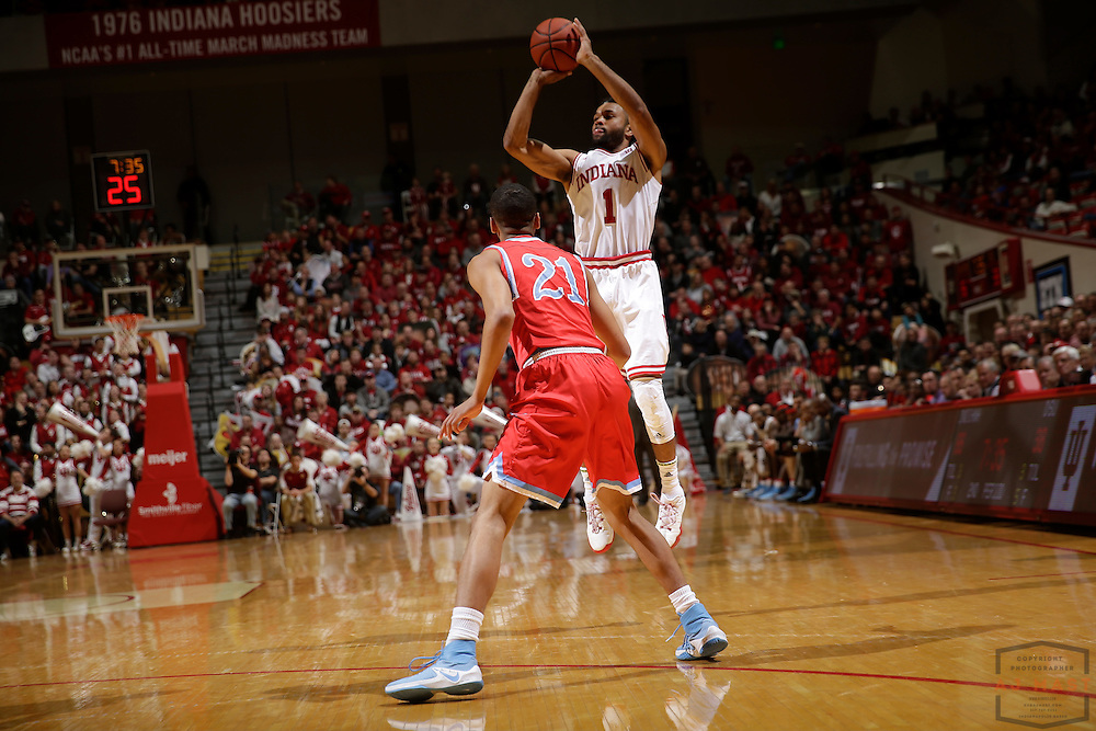 Indiana guard James Blackmon Jr. (1) in action as Delaware State played Indiana in an NCCA college basketball game, in Indianapolis, Monday, Dec. 19, 2016. (AJ Mast)