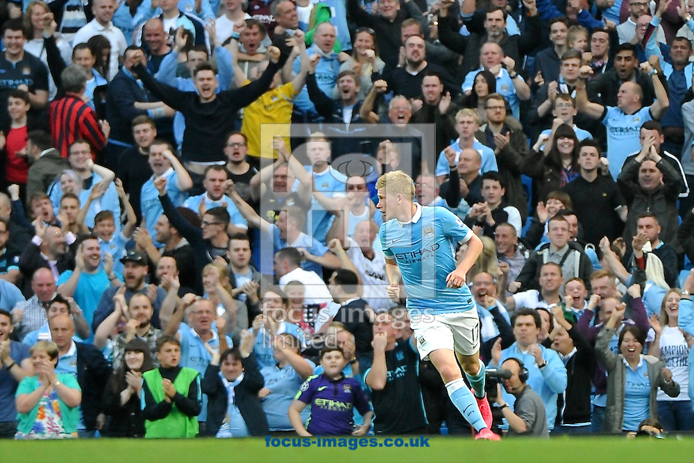 Kevin De Bruyne of Manchester City celebrates scoring their first goal to make it Manchester City 1 West Ham United 2 during the Barclays Premier League match at the Etihad Stadium, Manchester<br /> Picture by Ian Wadkins/Focus Images Ltd +44 7877 568959<br /> 19/09/2015