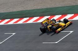 07.05.2010, Circuit de Catalunya, Barcelona, ESP, Formula One Championship, GP of Spain, im Bild .Robert Kubica (POL), Renault F1 Team .EXPA Pictures © 2010, PhotoCredit: EXPA/ InsideFoto/ Hasan Bratic / SPORTIDA PHOTO AGENCY