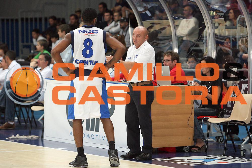 DESCRIZIONE : Riva Del Garda  Lega A1 2008-09 Amichevole  Upim Fortitudo Bologna Pallacanestro Cantu<br /> GIOCATORE : Luca Dalmonte Jason Rich<br /> SQUADRA :  Pallacanestro Cantu<br /> EVENTO : Campionato Lega A1 2008-2009 <br /> GARA : Upim Fortitudo Bologna Pallacanestro Cantu<br /> DATA : 14/09/2008 <br /> CATEGORIA : Tiro<br /> SPORT : Pallacanestro <br /> AUTORE : Agenzia Ciamillo-Castoria/C. De Massis<br /> Galleria : Lega Basket A1 2008-2009 <br /> Fotonotizia : Riva Del Garda Lega A1 2008-09 Amichevole Upim Fortitudo Bologna Pallacanestro Cantu <br /> Predefinita :