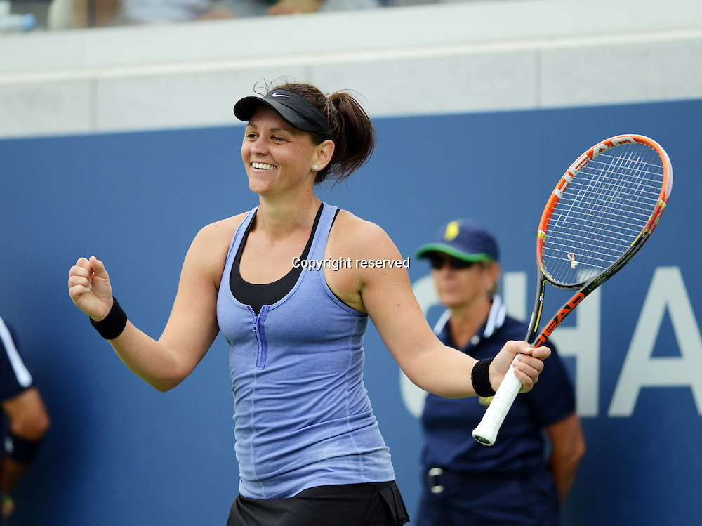 30.08.2014. Flushing Meadows, New York, USA. US Open tennis championships.  Casey Dellacqua (AUS)