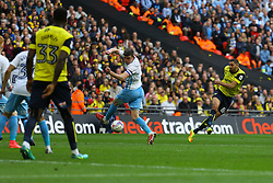 Goal, Liam Sercombe of Oxford United scores, Coventry City 2-1 Oxford United - Photo mandatory by-line: Jason Brown/JMP -  02/04//2017 - SPORT - Football - London - Wembley Stadium - Coventry City v Oxford United - Checkatrade Trophy Final