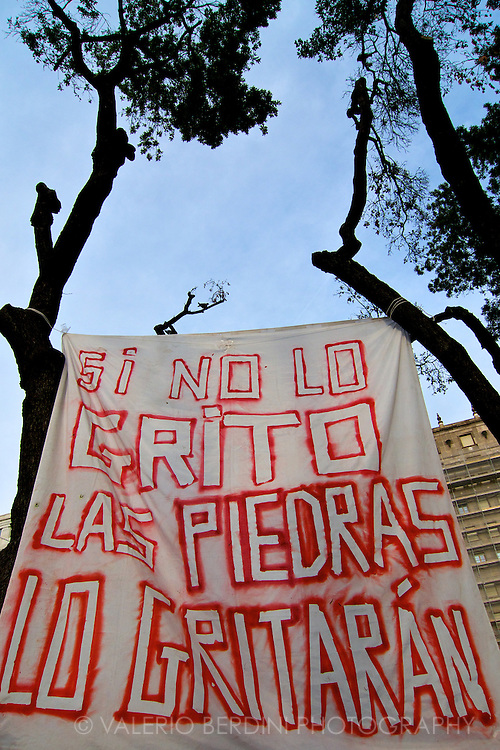 A banner at the entrance of Plac?a de Catalunya.