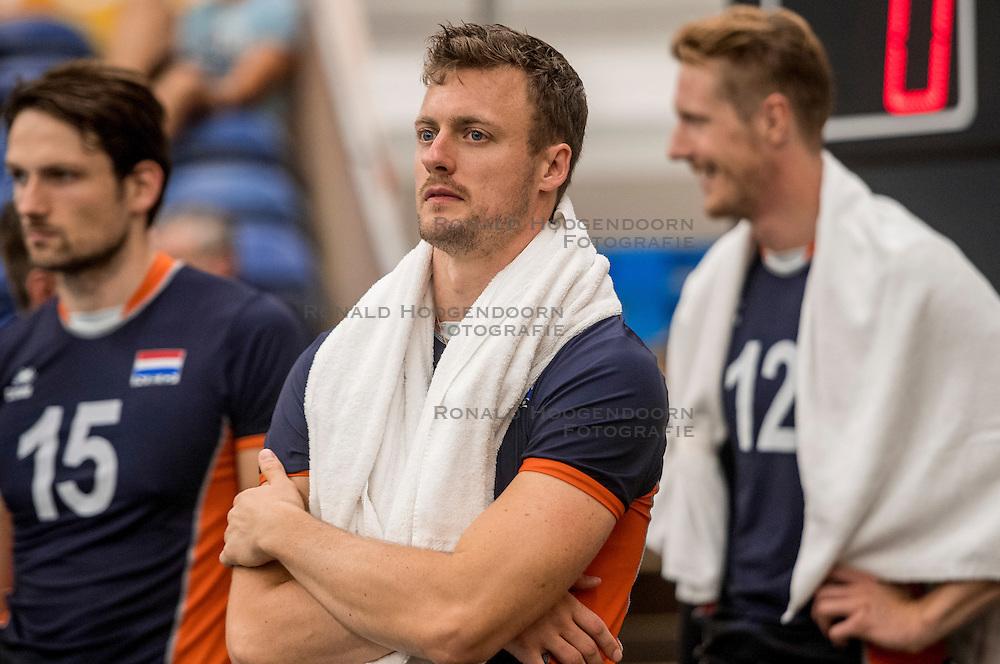 24-09-2016 NED: EK Kwalificatie Nederland - Wit Rusland, Koog aan de Zaan<br /> Nederland wint na een 2-0 achterstand in sets met 3-2 / Jeroen Rauwerdink #10
