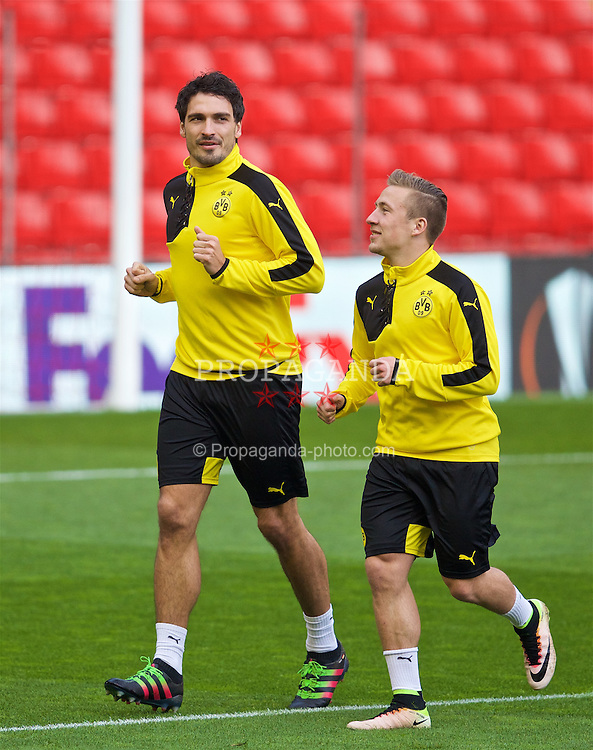 LIVERPOOL, ENGLAND - Wednesday, April 13, 2016: Borussia Dortmund's Mats Hummels during a training session at Anfield ahead of the UEFA Europa League Quarter-Final 2nd Leg match against Liverpool. (Pic by David Rawcliffe/Propaganda)