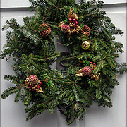 The tradition of hanging wreath during Christmas is essentially a Christian ritual done during the Christmas season.<br />